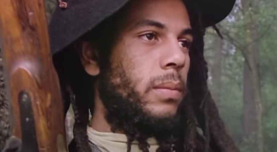 Bob Marley & The Wailers - Buffalo Soldier (Official Music Video)