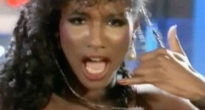 Sinitta - Cross My Broken Heart - Official Music Video