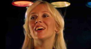 Abba - Dancing Queen - Official Music Video