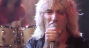 Rod Stewart - Da Ya Think I'm Sexy? - Official Music Video